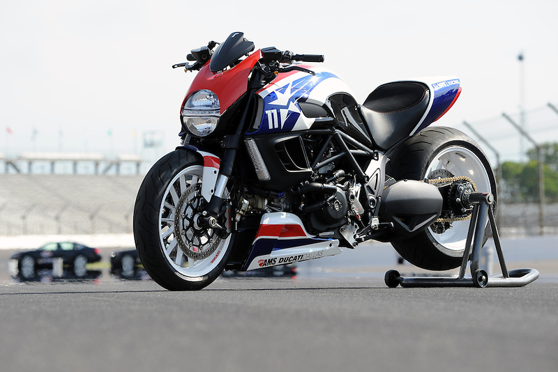 Ducati Diavel Ben Spies Edition - 3