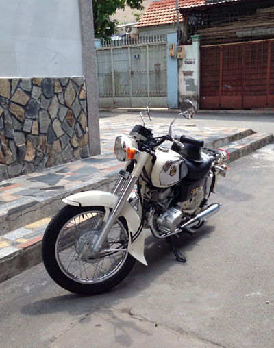 Honda Benly CD125T co mot khong hai tai Sai Gon - 3