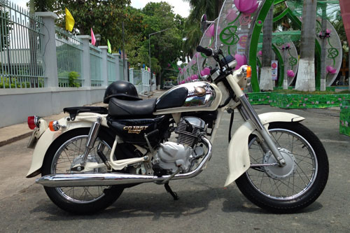 Honda Benly CD125T co mot khong hai tai Sai Gon - 6