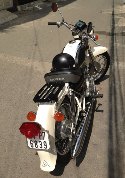 Honda Benly CD125T co mot khong hai tai Sai Gon - 8