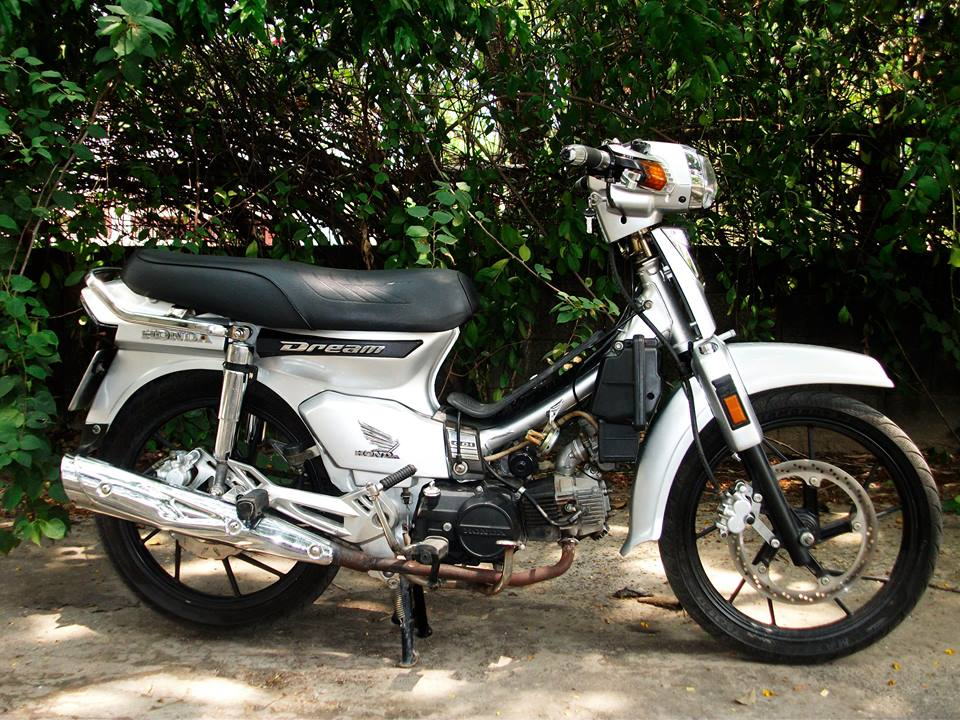 Honda Dream sieu nhan bac - 3