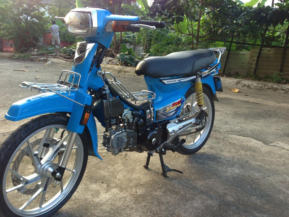 Honda Dream xanh raider - 5