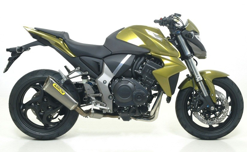 So sanh giua Honda CB1000rr va Ducati Monster 796