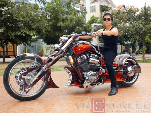 Suzuki Intruder co may moi cua Ghost Rider - 5