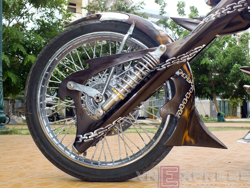 Suzuki Intruder co may moi cua Ghost Rider - 18