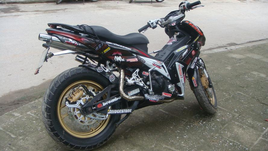 Yamaha Exciter pha cach an tuong