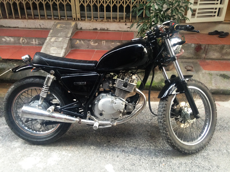 Ban Suzuki GN125 do co anh that