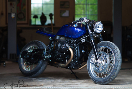 BMW R nineT do cafe racer co dien va hien dai - 2