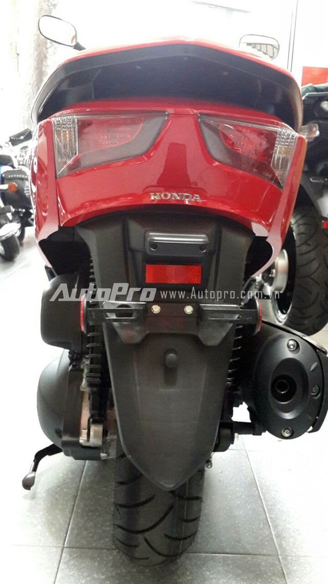 Can canh Honda Forza 300 2014 vua ve den Ha Noi - 14