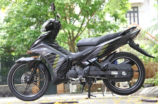 Can canh Yamaha Exciter RC 2014 phien ban mau xam - 2