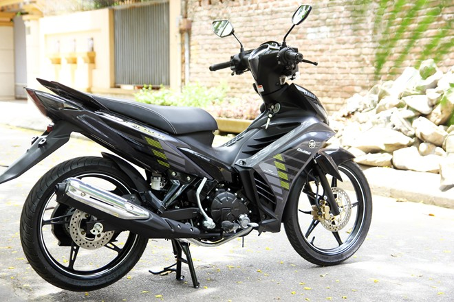 Can canh Yamaha Exciter RC 2014 phien ban mau xam - 3