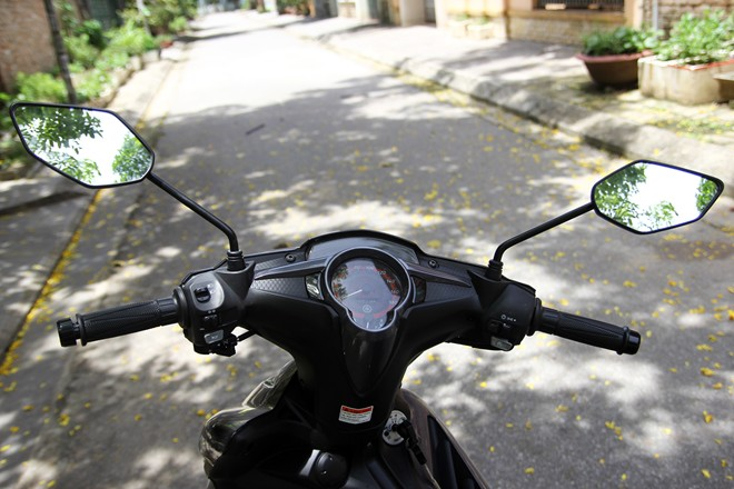 Can canh Yamaha Exciter RC 2014 phien ban mau xam - 6