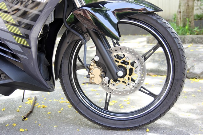Can canh Yamaha Exciter RC 2014 phien ban mau xam - 12