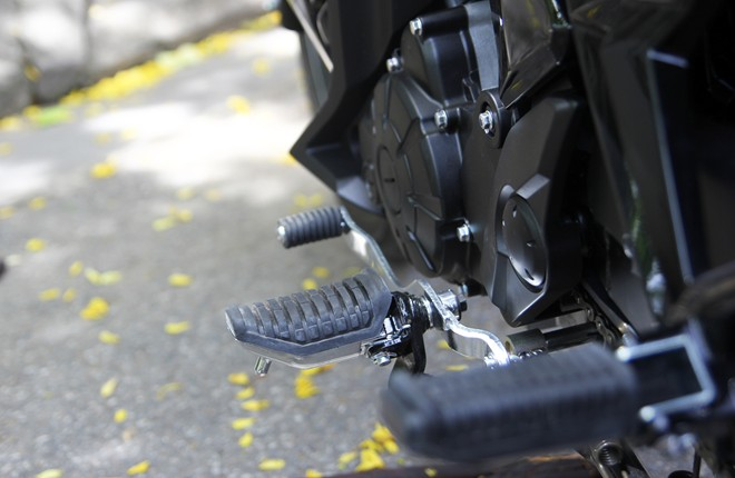 Can canh Yamaha Exciter RC 2014 phien ban mau xam - 14
