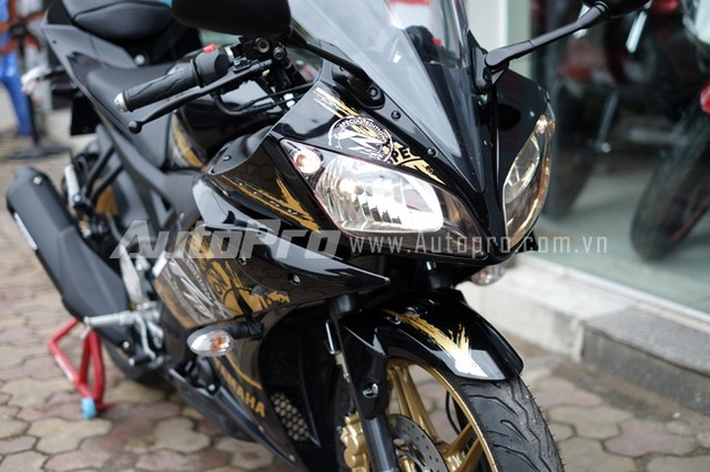 Can canh Yamaha R15 Special Edition tai Viet Nam - 16