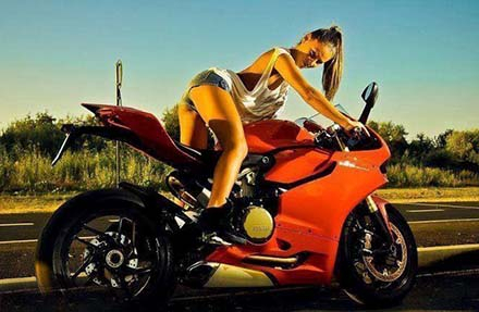 Ducati 1199 Panigale S phien ban Cafe Racer
