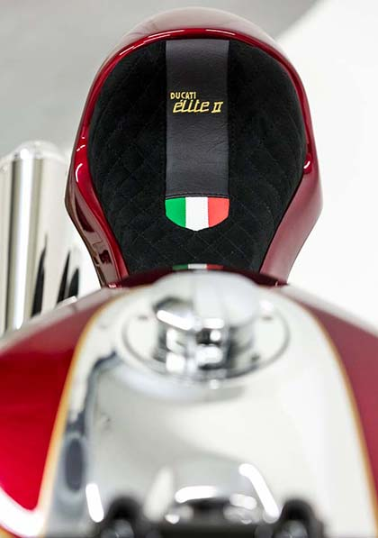 Ducati 1199 Panigale S phien ban Cafe Racer - 7