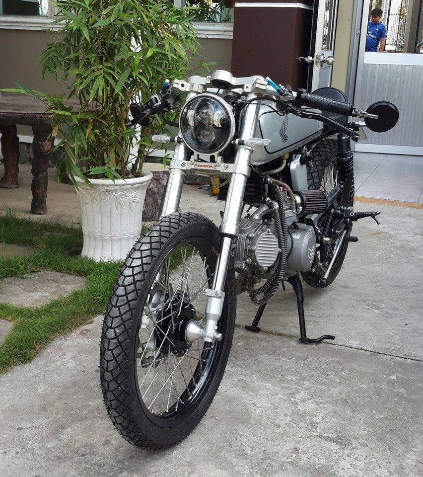 Honda 67 cafe racer chuan ko can chinh