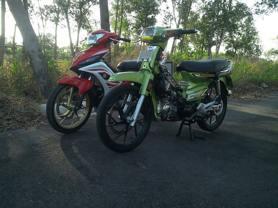 Honda Dream xanh Z1000 chay day curoa - 3