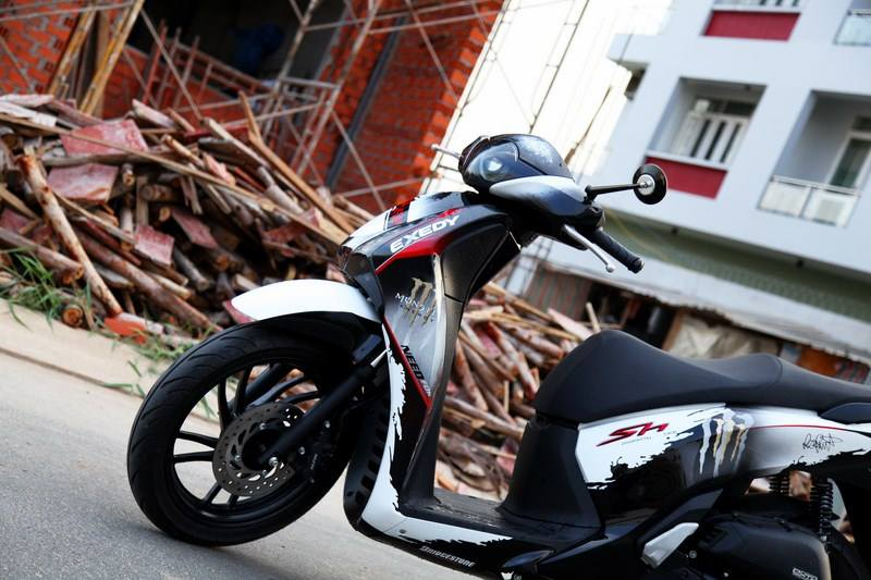 Honda SH 150i do phong cach Monster Need for Speed - 2