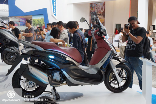 Piaggio ra mat cap doi scooter sport tai Indonesia - 5