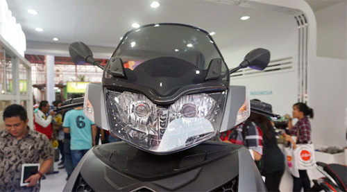 Piaggio ra mat cap doi scooter sport tai Indonesia - 15
