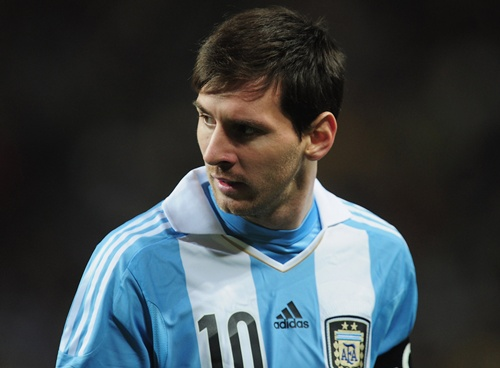Shock World Cup 2014 Messi buon ma tuy chieu tro tam li hay su that