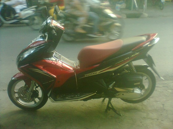 air blade 125 do den 2014odo 4500km gia 355tr fix