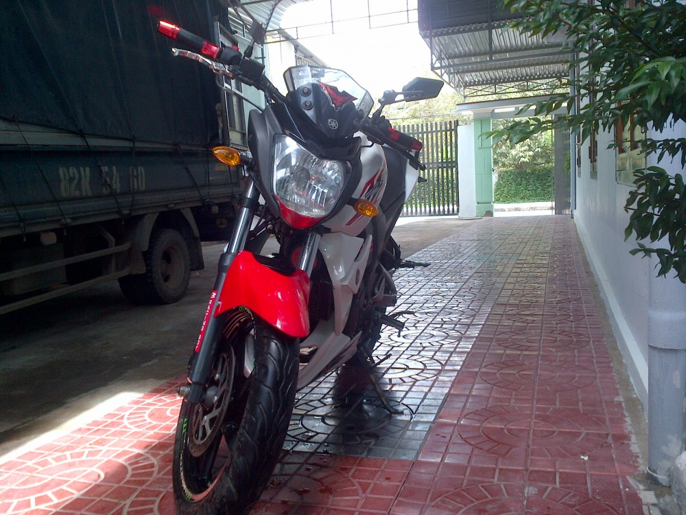 can ban fzs trang do 2012 - 2