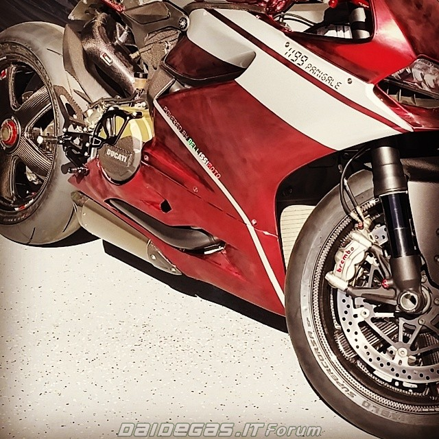 Ducati 1199 do bordeux metallic cuc quyen ru - 3