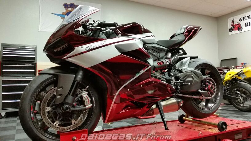 Ducati 1199 do bordeux metallic cuc quyen ru - 9