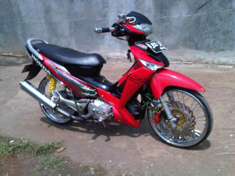 Future 125 do cua Indonesia - 2