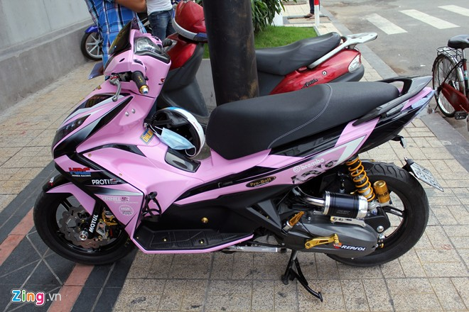 Honda Air Blade do sieu chat voi mau hong nu tinh - 3