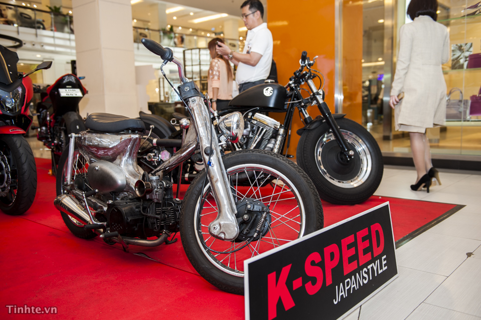 KSpeed Japanstyle trinh lang hang loat mau xe moto do doc dao