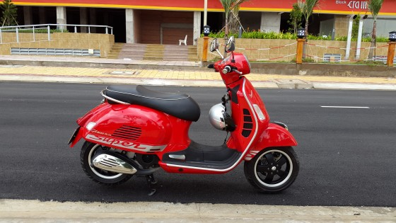 vespa Gts 125ie 3v mau do gia re ne - 2