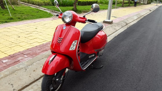 vespa Gts 125ie 3v mau do gia re ne - 3