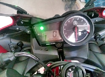 Yamaha R15 v22013 mot doi chu co hinh that