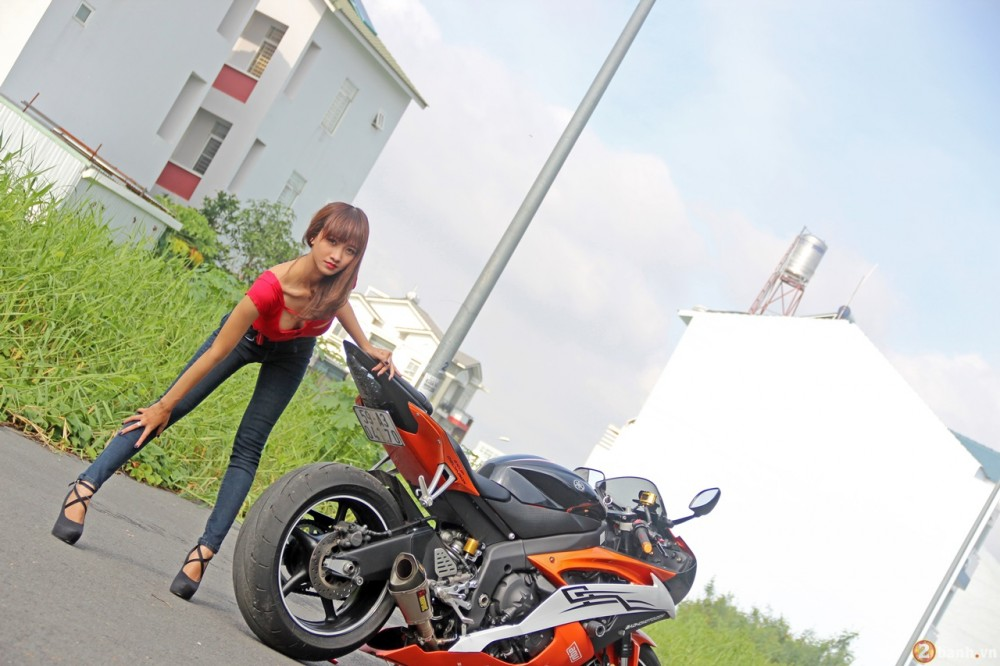 Yamaha R6 do dang cung teen girl trong Party ABMiralce