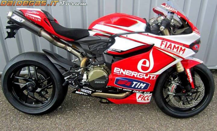 An tuong voi Ducati 1199 Panigale po dut dit