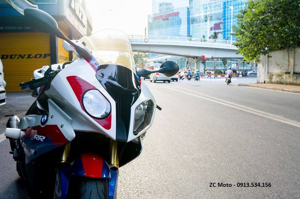 BMW S1000RR 2011 vo nhieu option o Ha Noi - 2