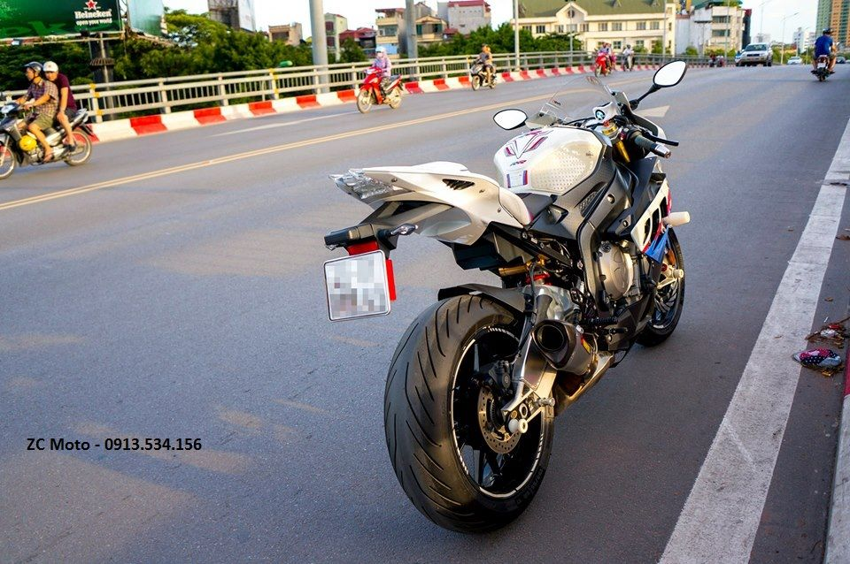 BMW S1000RR 2011 vo nhieu option o Ha Noi - 5