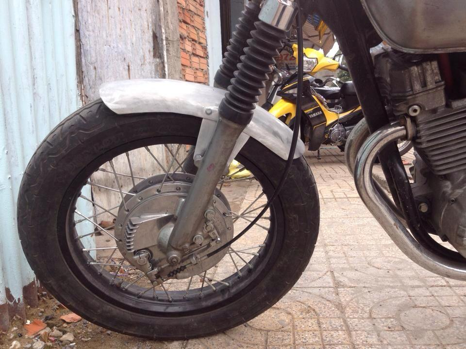 Chiec xe la Clubman date 8x don thanh cafe racer - 3