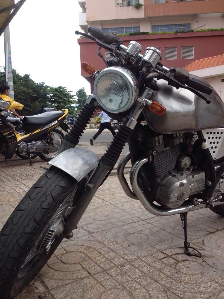 Chiec xe la Clubman date 8x don thanh cafe racer - 4