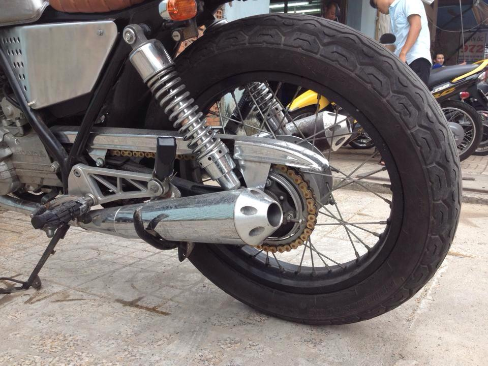 Chiec xe la Clubman date 8x don thanh cafe racer - 7