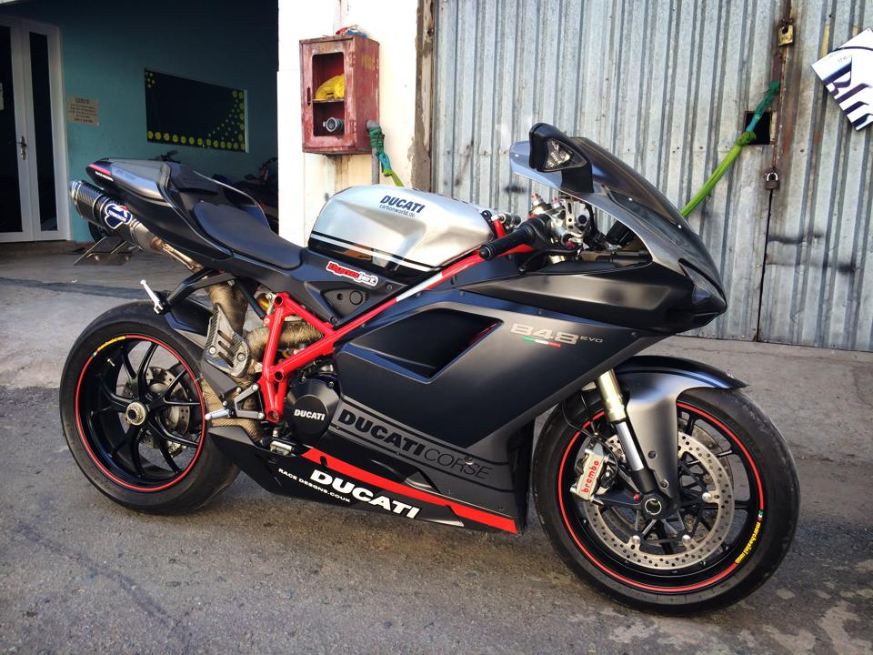 Ngam Ducati 848 EVO CORSE SPECIAL EDITION LIMITED 2013 hang hiem tai Viet Nam