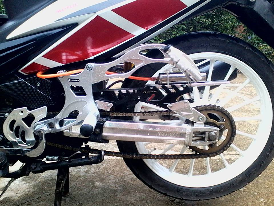 Exciter do phong cach racing co dien - 6