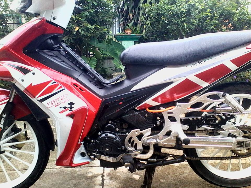 Exciter do phong cach racing co dien - 7