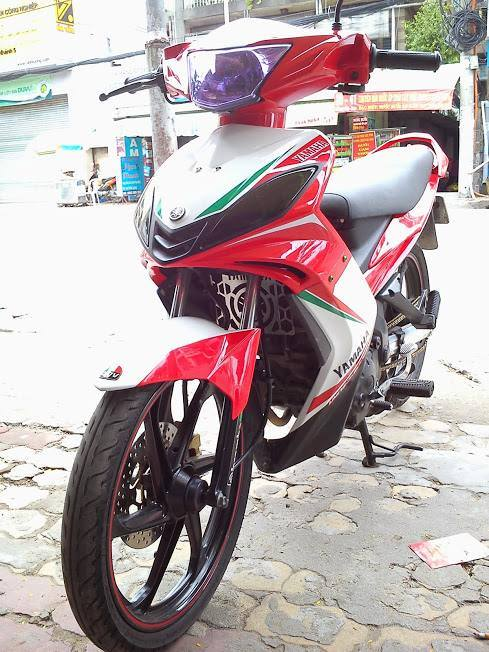 Exciter do theo phong cach Ducati - 2