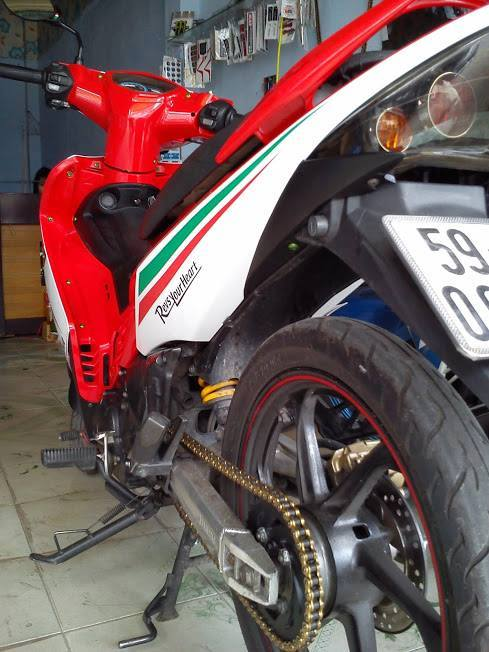 Exciter do theo phong cach Ducati - 4