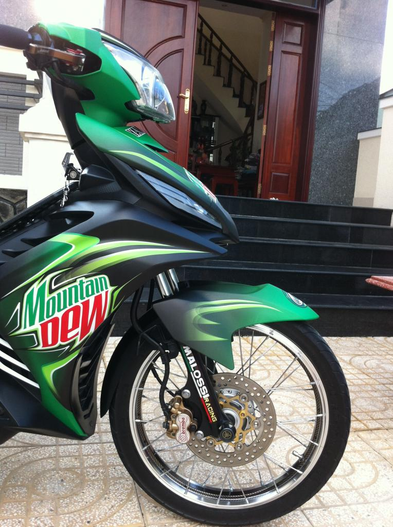 Exciter phien ban nuoc tang luc Mountain Dew - 8